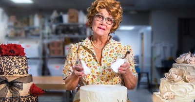 """The Cake"" at Farmers Alley Theatre."