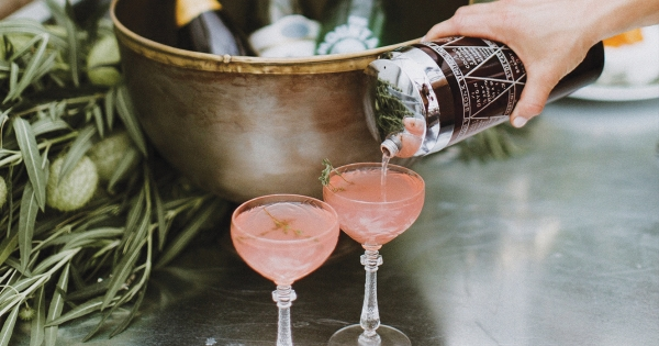 Rosé, Living Lark.  |  Ours Decanter.  |  French 75.