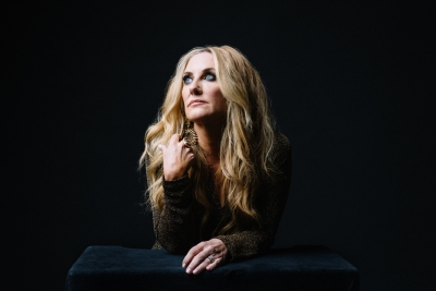 Back to the Beginning: Multi-platinum country star Lee Ann Womack brings 'a little bit of East Texas' to GR